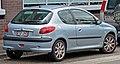 2001-2003 Peugeot 206 (T1) GTi 3-door hatchback 02.jpg