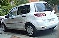 2004-2005 Mazda 2 (DY) Neo hatchback 01.jpg