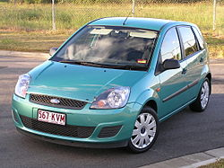 2006 Ford Fiesta (WQ) LX 5-door hatchback 01.jpg