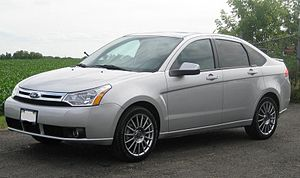 Ford Focus (second generation, North America) - Image: 2009 ford focus SES sedan