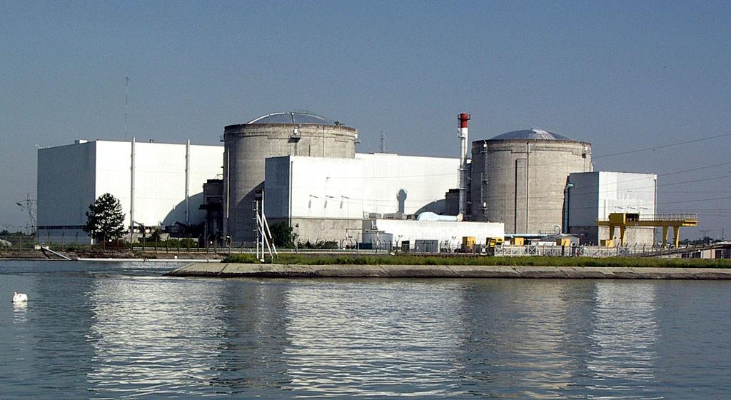 2010 06 04 Centrale nucléaire de Fessenheim2 (cropped)