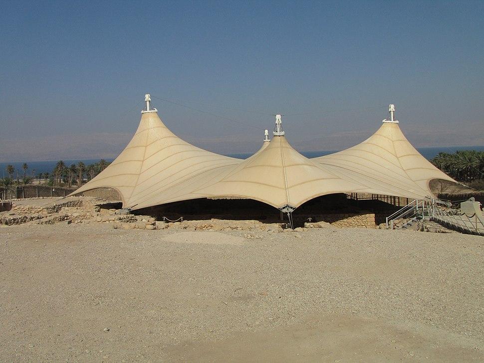 2011-08 Ein Gedi synagogue 01