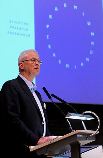 Praemium Erasmianum Foundation - Former director Max Sparreboom announcing the 2015 Erasmus Prize