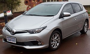 Toyota Auris - Image: 2016 Toyota Corolla (ZRE182R) Ascent Sport hatchback (2017 01 30) 01