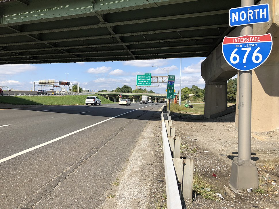 2018-10-03 12 37 53 View north along Interstate 676 (North-South Freeway) just north of Interstate 76 in Camden, Camden County, New Jersey