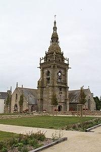 24 Eglise Lampaul Ploudalmézeau.jpg