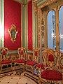 259 Palau del Marqués de Dosaigües (València), sala roja.jpg