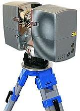 3D-Laserscanner on tripod.jpg