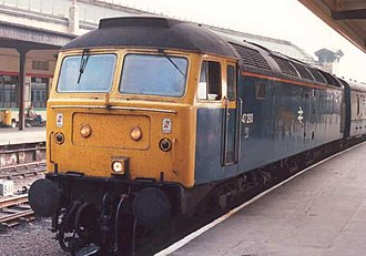 British Rail Class 47 - Class 47/0 47293 with a relief passenger train at York station in 1987