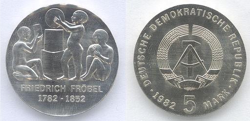 5 Mark DDR 1982 - 200. Geburtstag von Friedrich Fröbel -