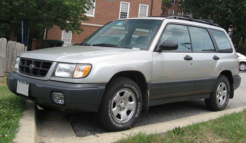File:98-00 Subaru Forester.jpg