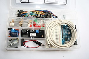 English: ARDX - Arduino Experimentation Kit (I...