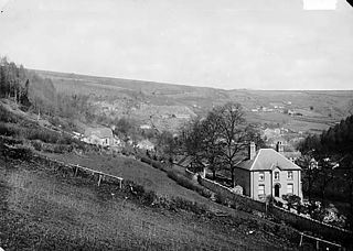 A view of Llansanffraid Glynceiriog from Cambrian field