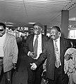 Aankomst Schiphol leiders Zuid Afrikaanse bevrijdingsleger ANC Alfred Nono en Th, Bestanddeelnr 929-3733.jpg