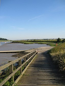 Access to the River Deben - geograph.org.uk - 875744