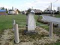 Acheux-en-Amiénois ancien cimetière (tombe Alphonse Pichon 1871) 1.jpg