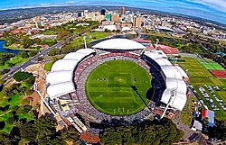 Adelaide Oval - panoramio (cropped).jpg