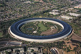 Het hoofdkantoor van Apple Inc., Apple Park in Cupertino april 2018