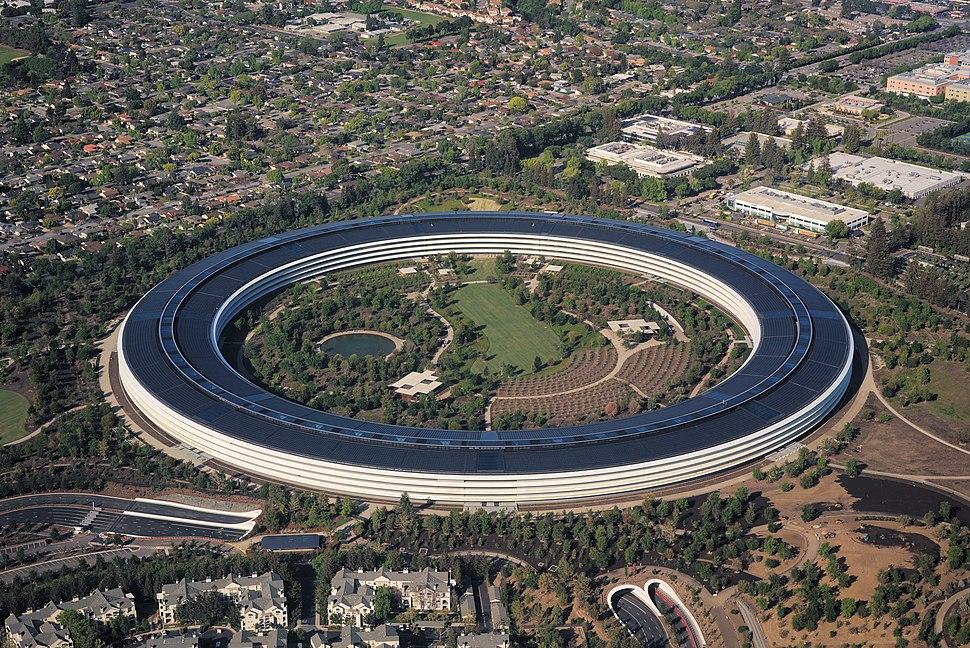 Aerial view of Apple Park dllu
