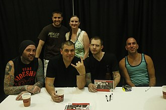 Alien Ant Farm - Alien Ant Farm posing with fans in 2015. From left to right: Terry Corso, Dryden Mitchell, Tim Peugh, Mike Cosgrove