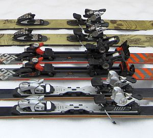 Ski binding - Alpine ski bindings: for backcountry skiing, alpine touring and for toolfree length adjustment (from top to bottom)