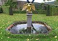 Ansembourg, Brunnen mit Doppelkopfadler 01.jpg