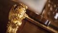 Ansikte i guld som dekorerar flygel - Hallwylska museet - 91515.tif