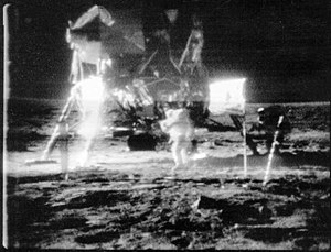 Moon landing conspiracy theories - Photo of the high-quality SSTV image before the scan conversion