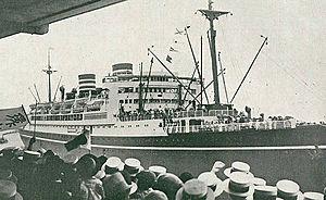 HMS Liverpool (C11) - The Japanese liner Asama Maru, c. 1931
