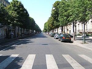 Avenue Montaigne - Avenue Montaigne