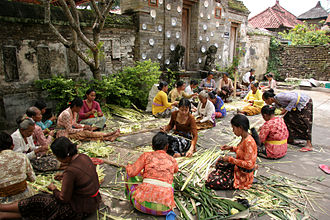 Balinese people - Balinese women preparing for a religious festival.
