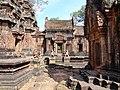 Banteay Srei 39.jpg