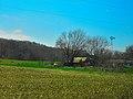 Barn and a Windmill - panoramio.jpg