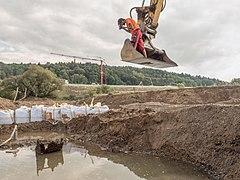 Baustelle-Mainverlegung-Archäologie-9220085-2-2PSD.jpg