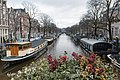 Beautiful channels in Amsterdam (25797495318).jpg