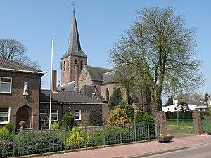 Beek, Montferland - Image: Beek, kerk foto 4 2010 04 12 12.28