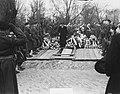 Begrafenis Kapitein der Mariniers J.H.M. Graaff te Rotterdam, Bestanddeelnr 904-4381.jpg