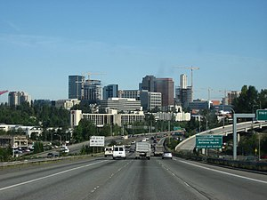 Interstate 405 (Washington) - I-405 heading into downtown Bellevue