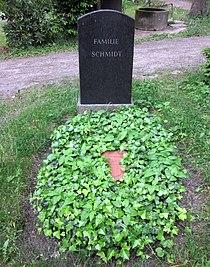 Berlin, Kreuzberg, Bergmannstrasse 45-47, Friedhof IV der Jerusalems- und Neuen Kirche, Grab Erich Schmidt.jpg
