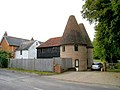 Beult Oast, Cage Lane, Smarden, Kent - geograph.org.uk - 570511.jpg