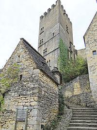 Beynac - Tour du couvent -01.JPG