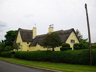 Civil parishes in Bedfordshire - Image: Biddenham Village, Yellow Cottage^ geograph.org.uk 13856