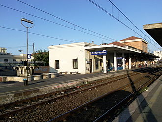 Civitavecchia - View of station platforms.