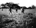 Bollspelande indianer. Ashluslay, bollspelare (fotografititel, katalogkort) - SMVK - 004661.tif