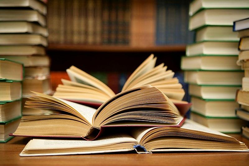 File:Books HD (8314929977).jpg