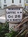 Borne Michelin - Grandchamp-des-Fontaines (44, France).jpg