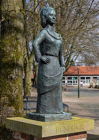 Hendrickje Stoffels - Statue of Hendrickje Stoffels at square 't Zand in Bredevoort