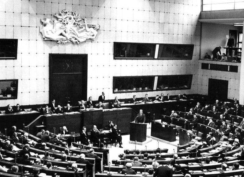 Bundesarchiv B 145 Bild-F023908-0002, Stra%C3%9Fburg, Tagung des Europarates