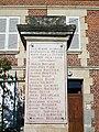 Bury (60), hameau de Mérard, monument aux morts, ancienne mairie.jpg
