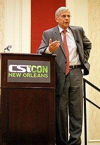 CSICON 2011-William B Davis.JPG